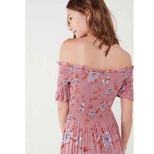 kimchi blue | off the shoulder smocked pink dress
